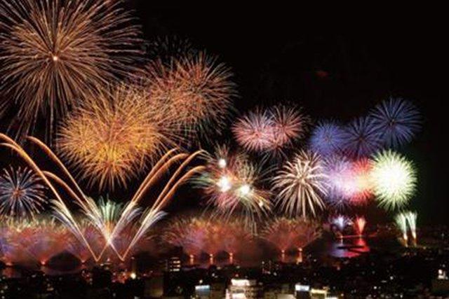按針祭の見事な花火