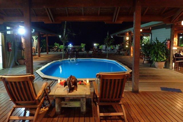 リゾートのプール