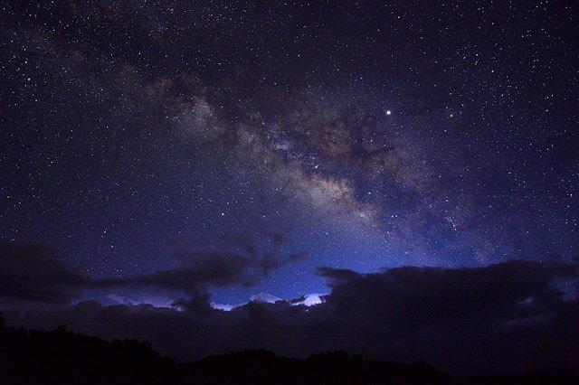 天の川の星雲