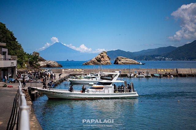 ボートと富士山